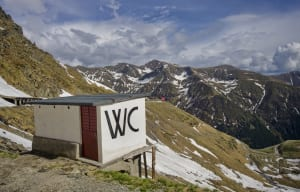 toilette on mountain
